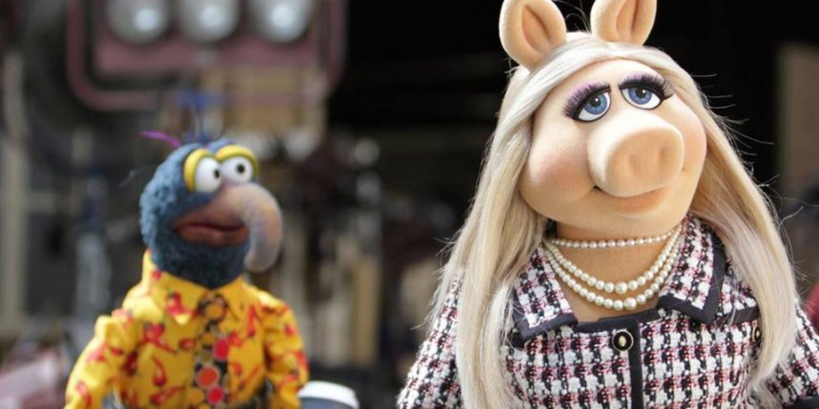 """""""De cualquier forma, nuestras vidas personales ahora son distintas y están separadas, y estaremos viendo a otras personas, cerdos y ranas"""", finalizó en su escrito. Foto:vía facebook.com/MuppetsMissPiggy"""