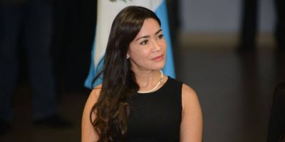 Con estos tuits, Evelyn Morataya explica porqué declina su candidatura como diputada