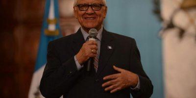 Luego de su caída, este es el consejo del presidente Alejandro Maldonado a los guatemaltecos