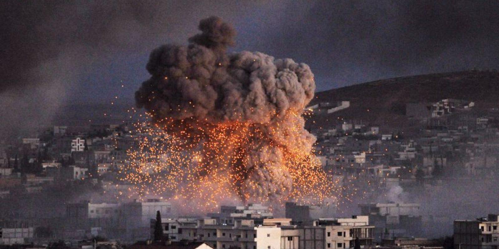 Numerosos suníes acogieron favorablemente la aparición de combatientes de ISIS, pues creían que podrían liberarlos de la opresión e intolerancia de las fuerzas gubernamentales. Foto:Getty Images