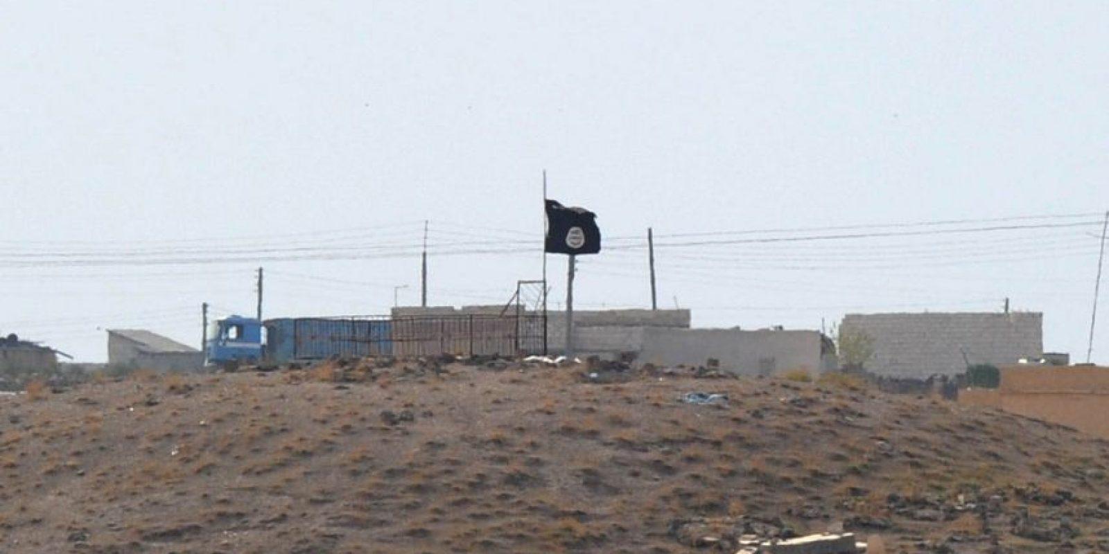 La iniciativa se ha concentrado casi exclusivamente en conseguir la derrota militar del grupo armado, también conocido como ISIS, y ni el gobierno iraquí ni sus aliados han abordado seriamente posibles reformas y medidas de justicia por abusos que podrían contribuir a recobrar el apoyo de la población suní en Irak. Foto:Getty Images