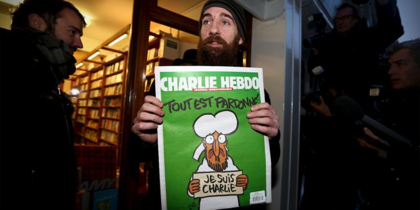 Esta fue la portada que lanzaron después del ataque en el que murieron 10 de sus caricaturistas Foto:Vía: www.facebook.com/CharlieHebdoOfficiel