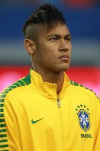 El brasileño tuvo que abandonar la Copa América tras ser suspendido por cuatro partidos y aprovechó su tiempo libre para recuperarse de su decepción en el torneo al lado de su familia. Foto:Getty Images