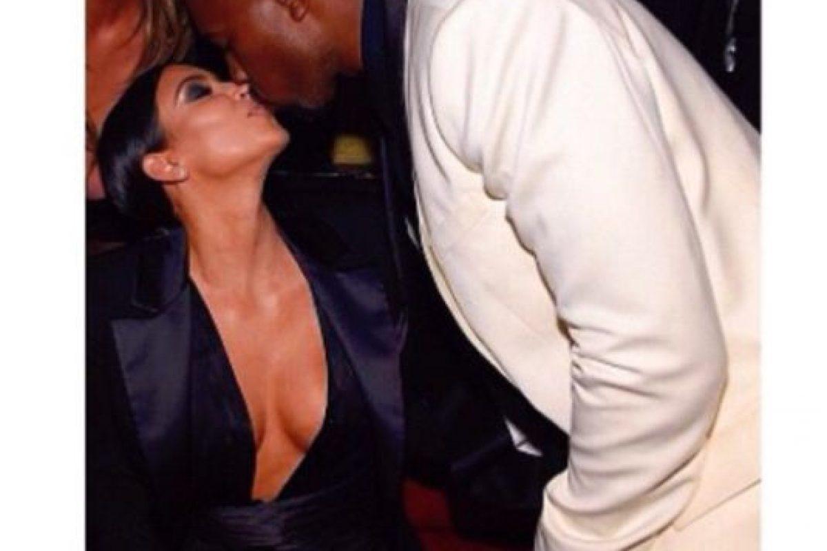 Un beso para Kim. Foto:Getty Images