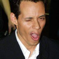 """En 1997, """"Don Francisco"""" logró reunir al cantante con su padre Felipe Muñiz, juntos interpretaron el tema """"El último beso"""". Foto:Getty Images"""