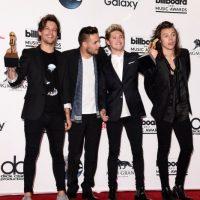 4.- El ahora cuarteto británico, One Direction, amasó una fortuna de 120 millones de dólares, con su última gira por todos los continentes. Foto:Getty Images