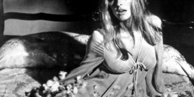 """El 8 de agosto de 1969, dos semanas antes de dar a luz, cenaba con unos amigos en su casa. Entonces los """"hijos"""" de Charles Manson entraron a su casa. Foto:Getty Images"""