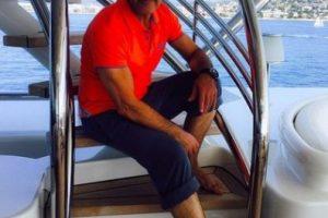 Antonio Banderas no es la primera celebridad que se siente atraído por el diseño de modas, pues muchas estrellas lo han hecho como es el caso de Victoria Beckham, Jessica Simpson, David Beckham, Kanye West y Halle Berry. Foto:Instagram/antoniobanderasoficial