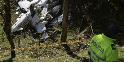 El departamento de Bomberos reveló las fotografías de la avioneta tras el incidente. Foto:AFP