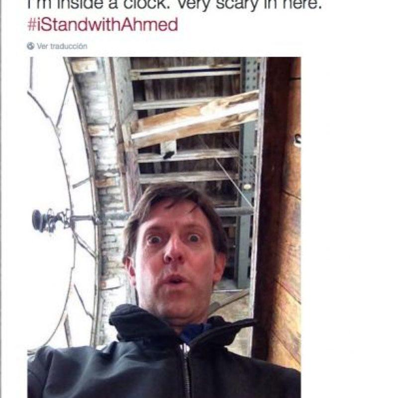 """""""Estoy dentro de un reloj. Es muy escalofriante estar aquí"""" Foto: Twitter.com"""