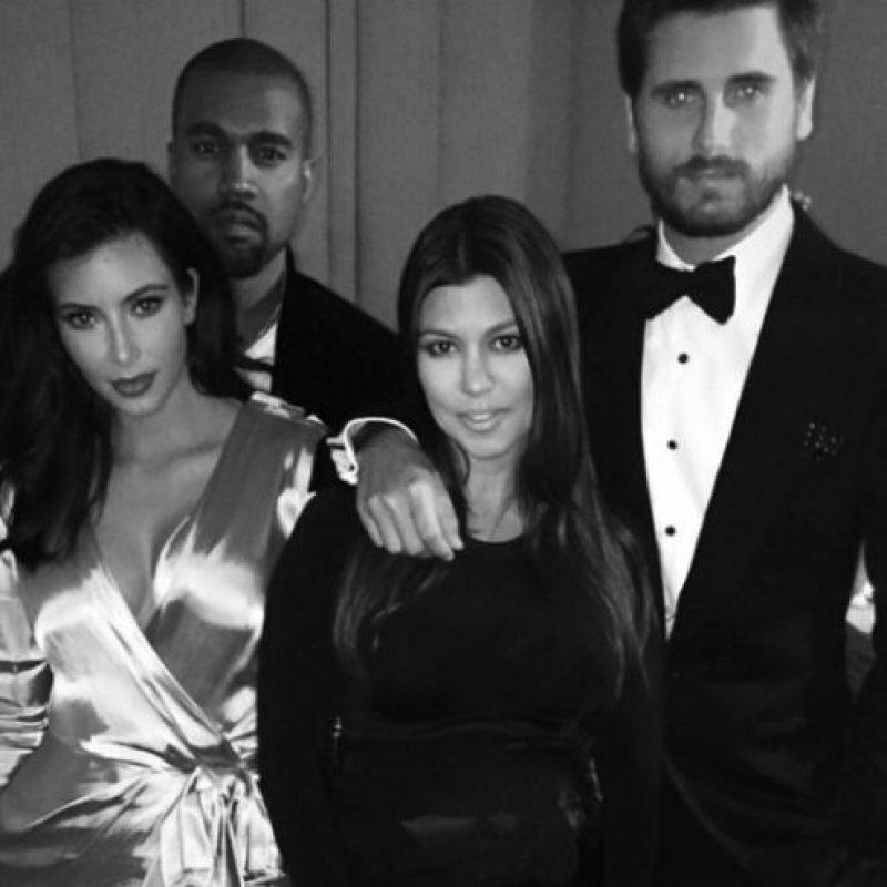 Sus hermanas y los novios de ellas se formaron una carrera a partir del éxito de Kim. Foto:vía instagram.com/kimkardashian