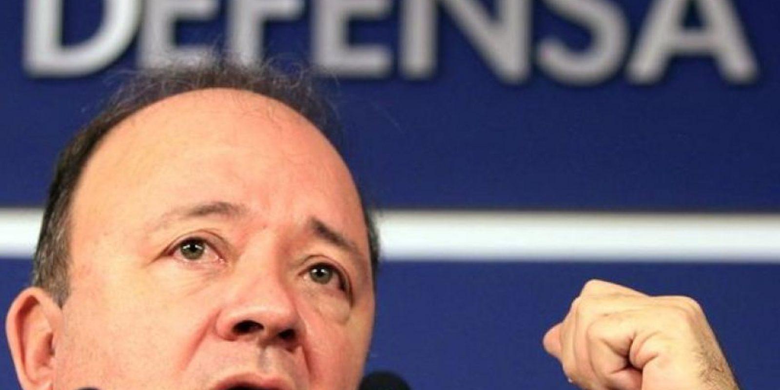 Luis Carlos Villegas, ministro de Defensa de Colombia, ya investiga la violación del espacio aéreo del país sudamericano Foto:AFP