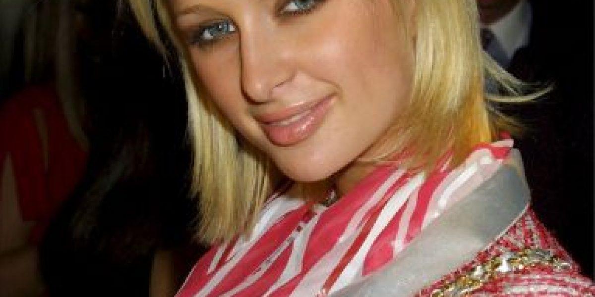 La nueva apariencia de Paris Hilton, su rostro luce distinto