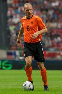 6. Dennis Bergkamp Foto:Getty Images