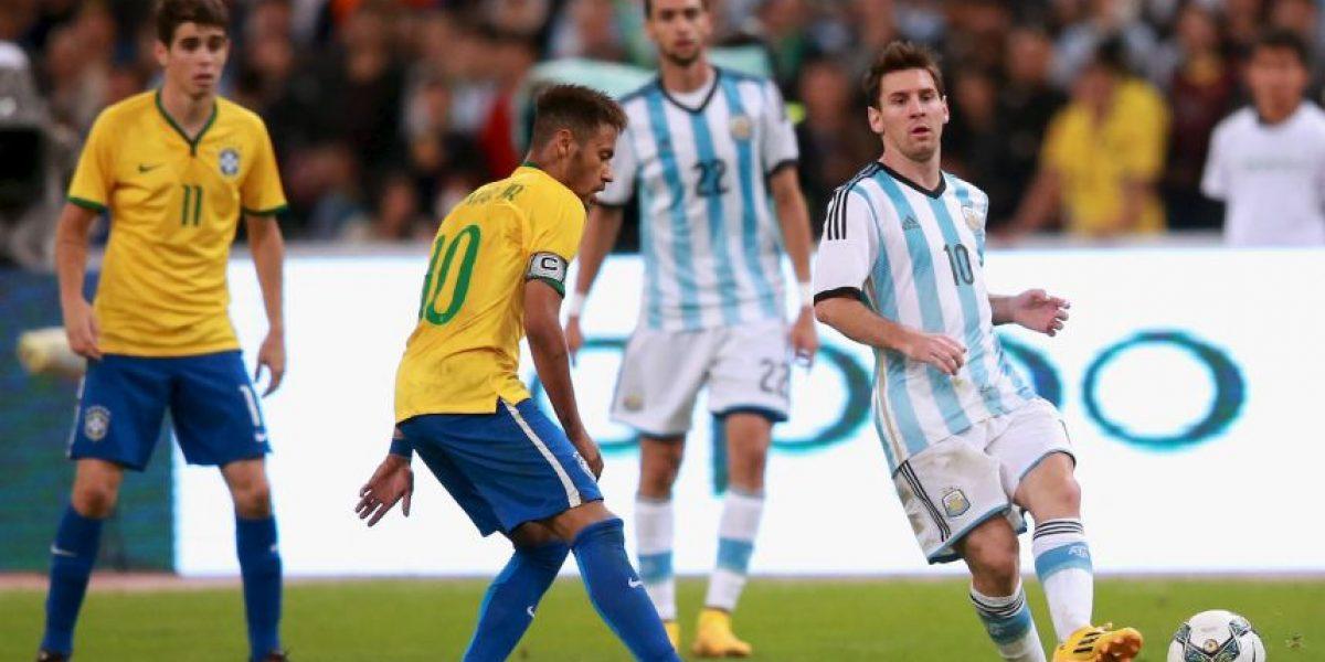 Neymar volvería con Brasil ante Messi