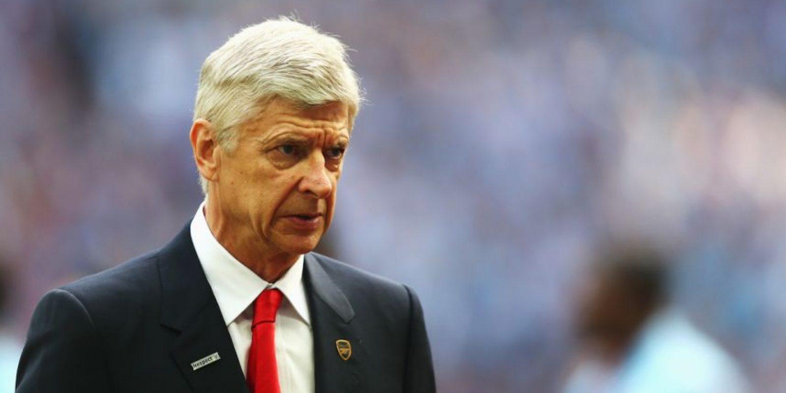 Wenger tuvo una carrera como futbolista bastante discreta, pero mientras jugaba en el fútbol de Francia, estudió en la Universidad de Estrasburgo y logró graduarse en Ciencias económicas. Además, sabe hablar 7 idiomas. Foto:Getty Images