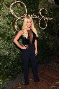 Jessica Simpson es una cantante, actriz y diseñadora de moda. Foto:Getty Images