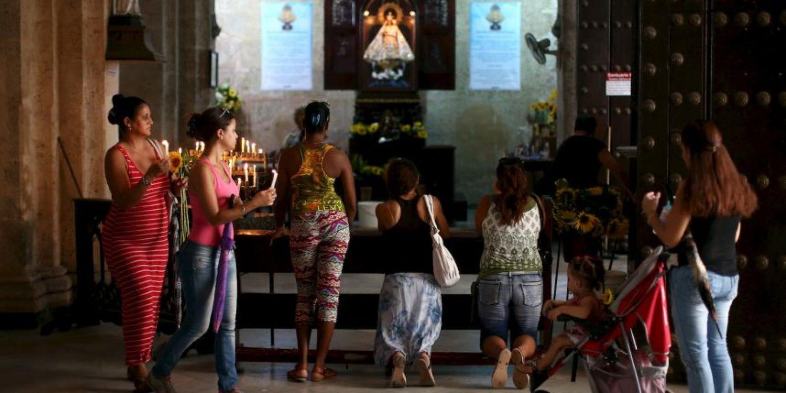 """En 2012, el papa Benedicto XVI le otorgó la """"Rosa de Oro de las Cristianidad"""", con motivo del aniversario número 400 de su aparición. Foto:Getty Images"""