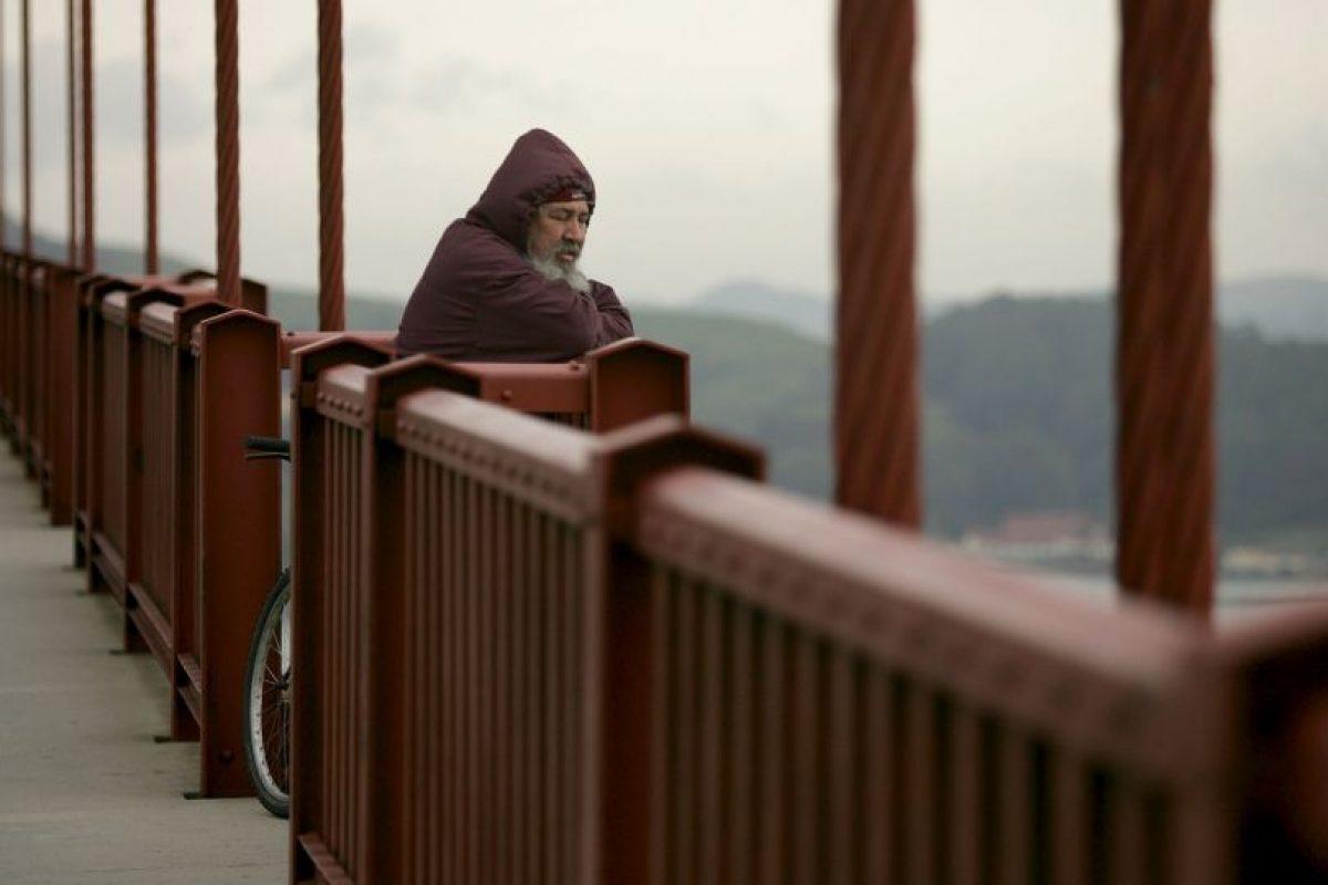 La terapia y las medicinas pueden ayudar a la mayoría de las personas que piensan en suicidarse. Foto:Getty Images