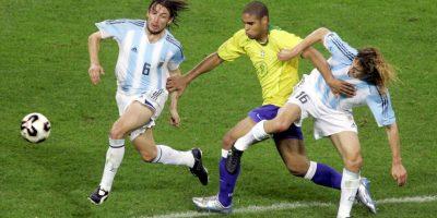 """En una """"sinfonía"""" brasileña, el """"Scratch"""" se impuso por 4-1. Foto:Getty Images"""