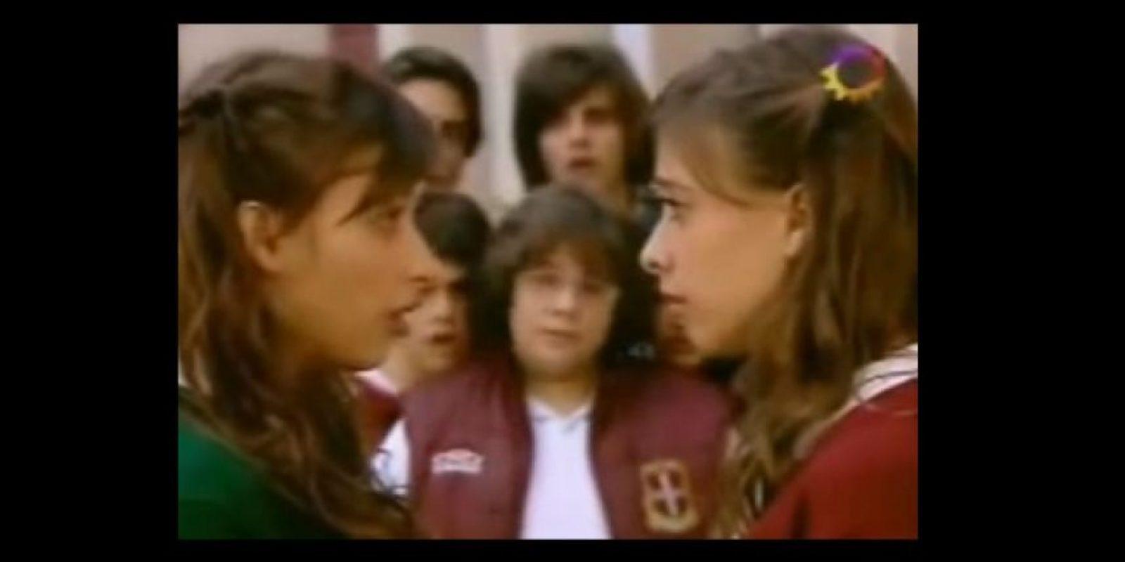 """Así fue el encuentro de las hermanas en """"Patito Feo"""" Foto:vía YouTube"""