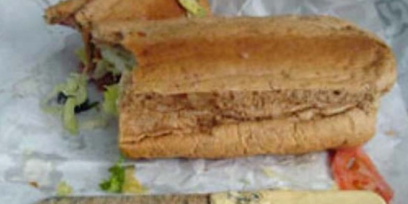 ¡Cuchillo! en sandwich Foto: vía Epic Fail