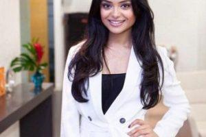 "Así luce hoy ""Padma Patil"" Foto:Vía twitter.com/afshan_azad"