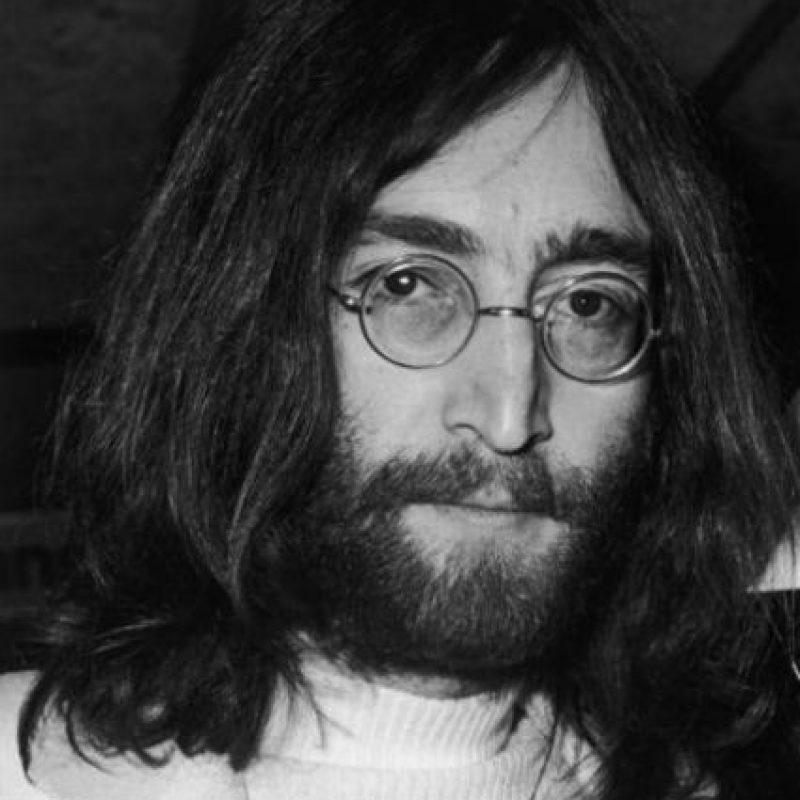 Se dice que John Lennon se le apareció a su hijo Julian. Foto:vía Getty Images