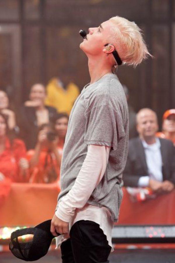 El joven luego aclaró más su cabello. Foto:vía Getty Images