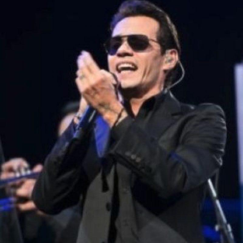 """""""¡Latinos a llegado el momento de demostrar quienes somos! Mi apoyo completo hermano"""", escribió el cantante en respuesta a Ricky Martin Foto:Getty Images"""