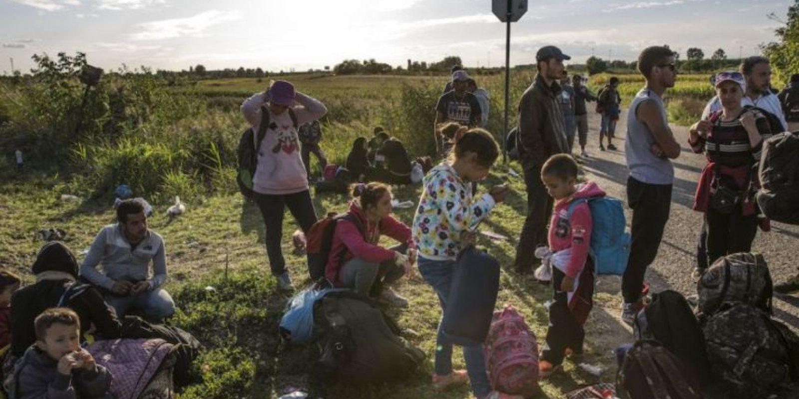 """6. Refugiados: el número de sirios que han buscado refugio en otros países se estima es de más de cuatro millones de personas, según """"BBC"""". Foto:vía AFP"""