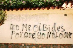 """""""Olvides"""" viene de """"Olvidar"""" que es con """"V"""". Foto:vía Facebook"""
