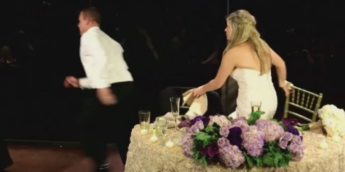 Bombero interrumpe su boda para salvar a hombre que se ahogaba