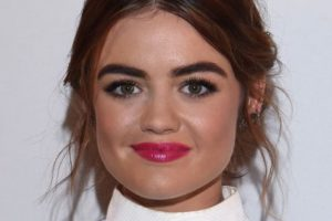"Lucy Hale, actriz de ""Pretty Little Liars"". Foto: vía Getty Images"