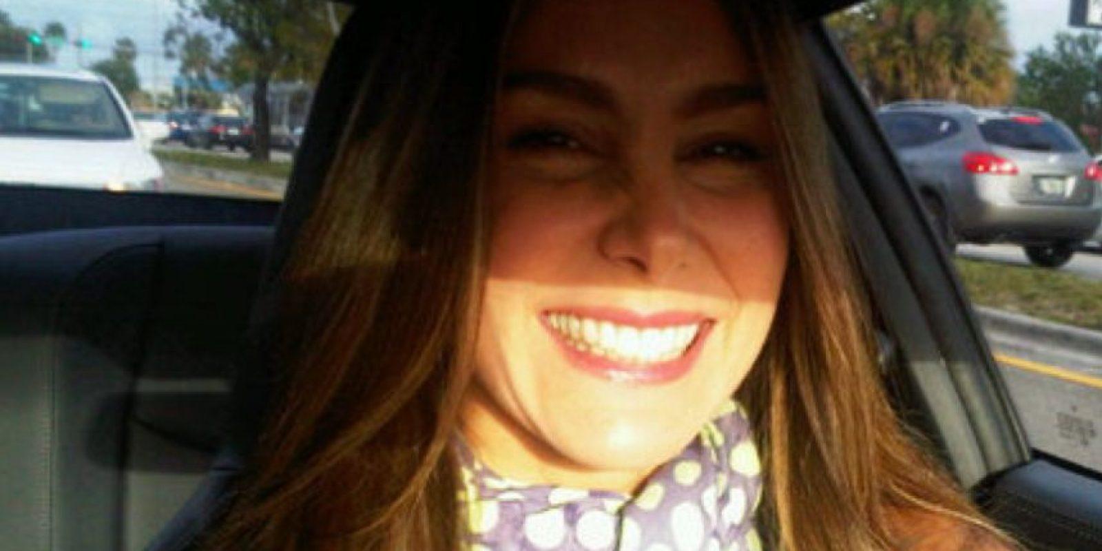 El año pasado detuvieron a sus padres y hermano, en Venezuela. La actriz estuvo muy angustiada. Foto:vía Twitter/Natalia Streignard