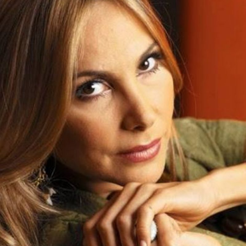 """La actriz tiene dos hijos. Actuó en telenovelas como """"El Juramento"""" y """"La Tormenta"""". Foto:vía Facebook/Natalia Streignard"""