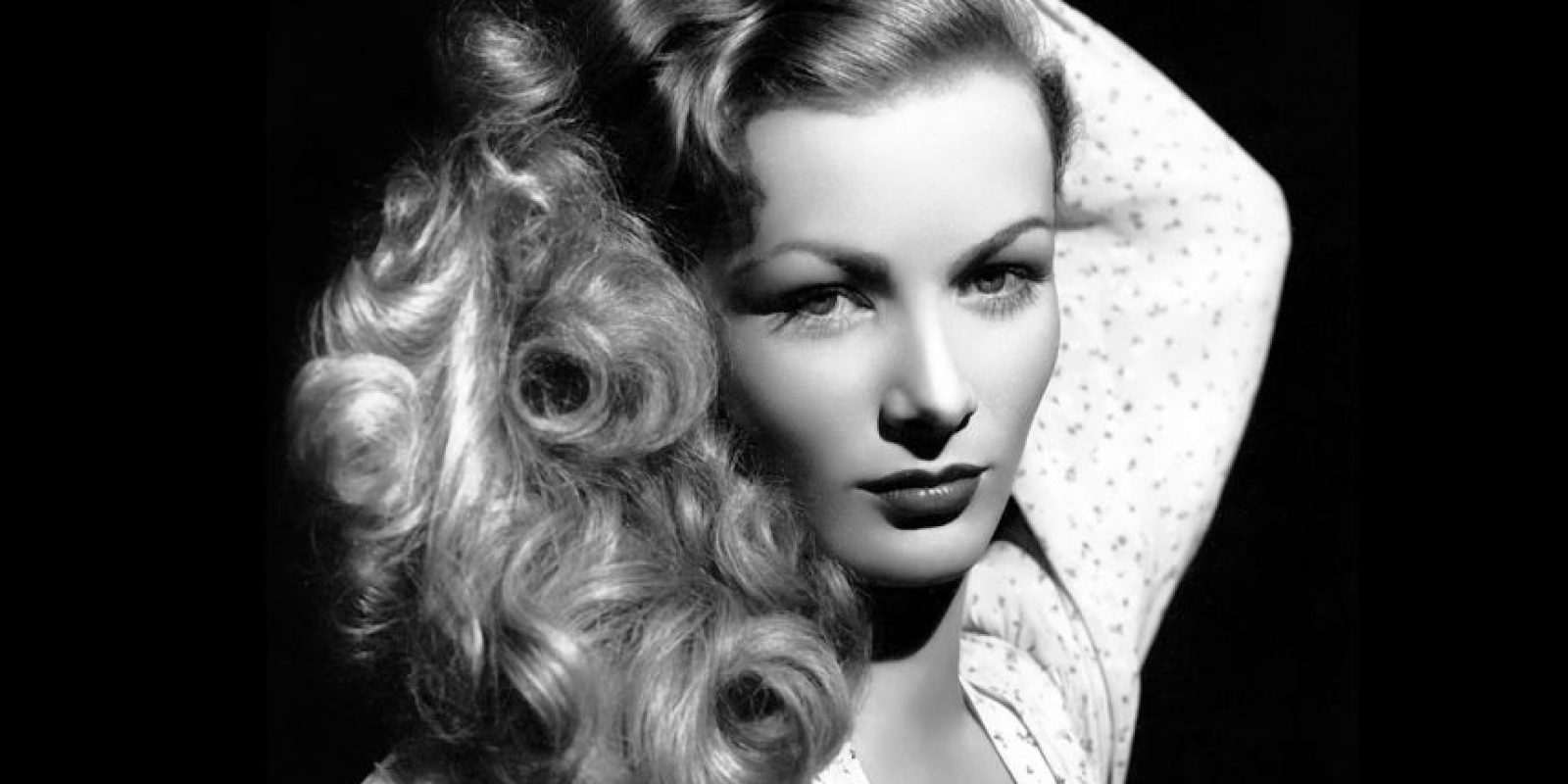 Veronica Lake, leyenda de Hollywood, destruyó su carrera por problemas con el alcohol y comportamiento. Foto: vía Getty Images