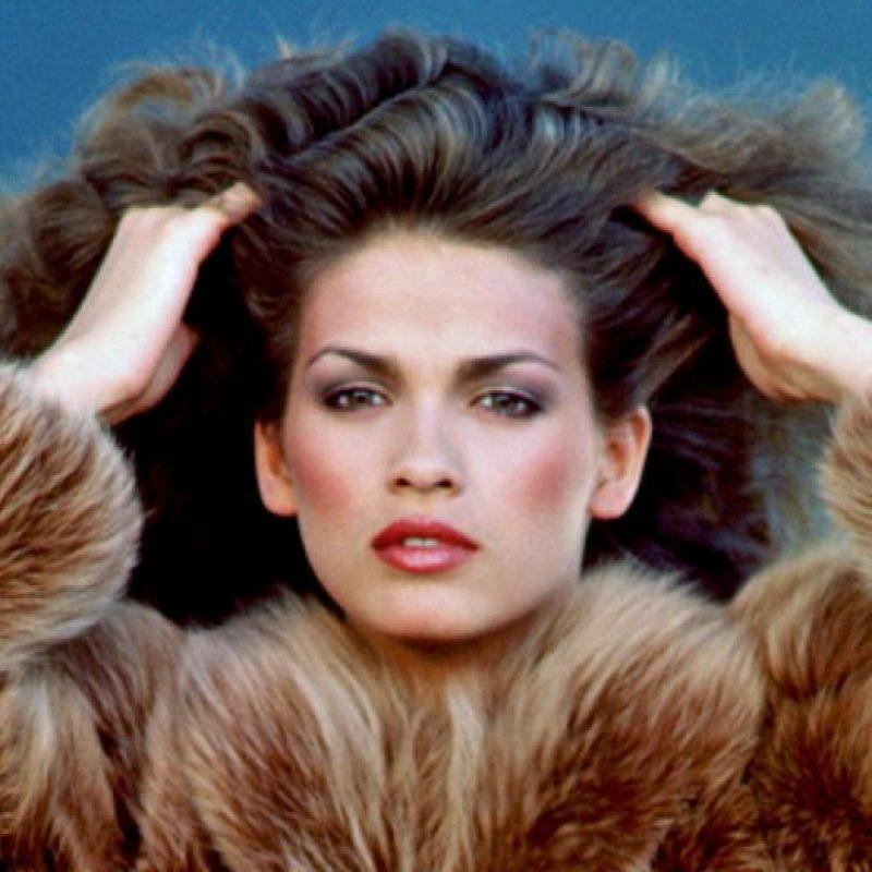 Luego de destruir su carrera se dedicó a ser dependienta en una tienda cualquiera. Foto:vía Giacarangi.com