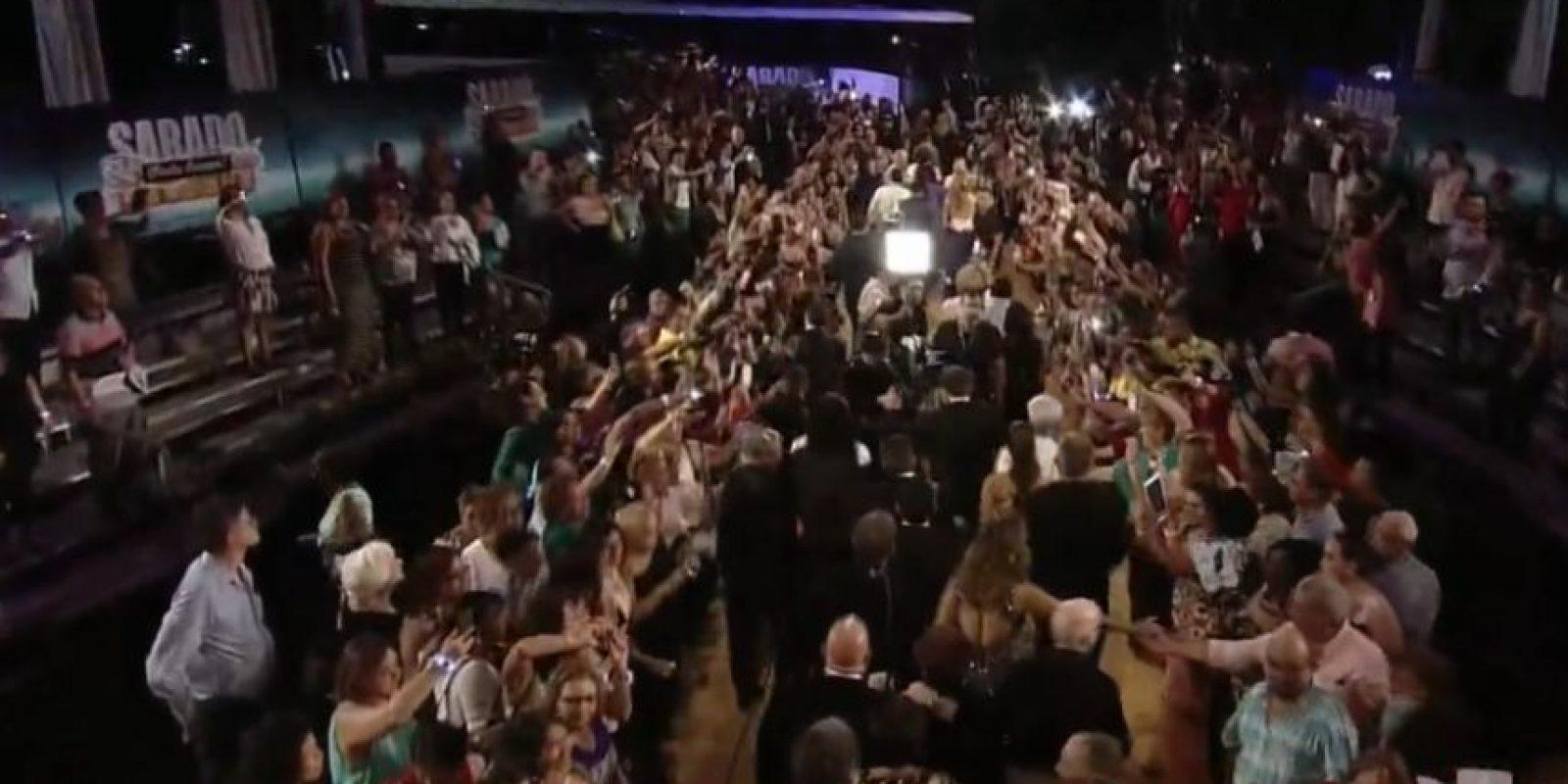 Y sus televidentes le mostraron su cariño. Foto:vía Univisión