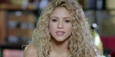 """Shakira le agradeció desde la distancia y le dijo: """"Tu eres el amuleto de los artistas latinos"""". Foto:vía Twitter/Univision"""