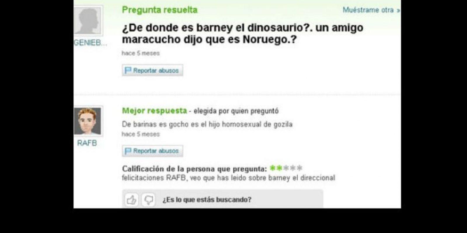 """""""Barney es el hijo gay de Godzilla"""". Foto:vía Yahoo Answers"""