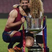Shakira celebra la victoria del Barcelona con Piqué Foto:AFP