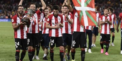 El equipo vasco rompió con una sequía de 31 años sin ganar un título oficial. Foto:AFP