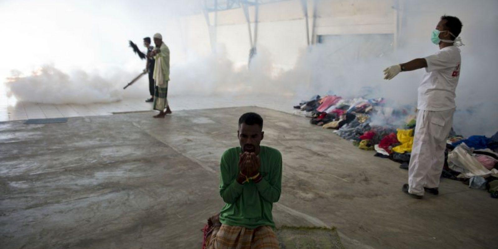 """3. Más de mil personas han perdido la vida en los últimos quince años por ese estrecho que divide a Cuba y a Estados Unidos. """"BBC"""" reseñó que la Guardia costera estadounidense estimó en dos mil 059 la cantidad de cubanos en embarcaciones el pasado año. Foto:AFP"""