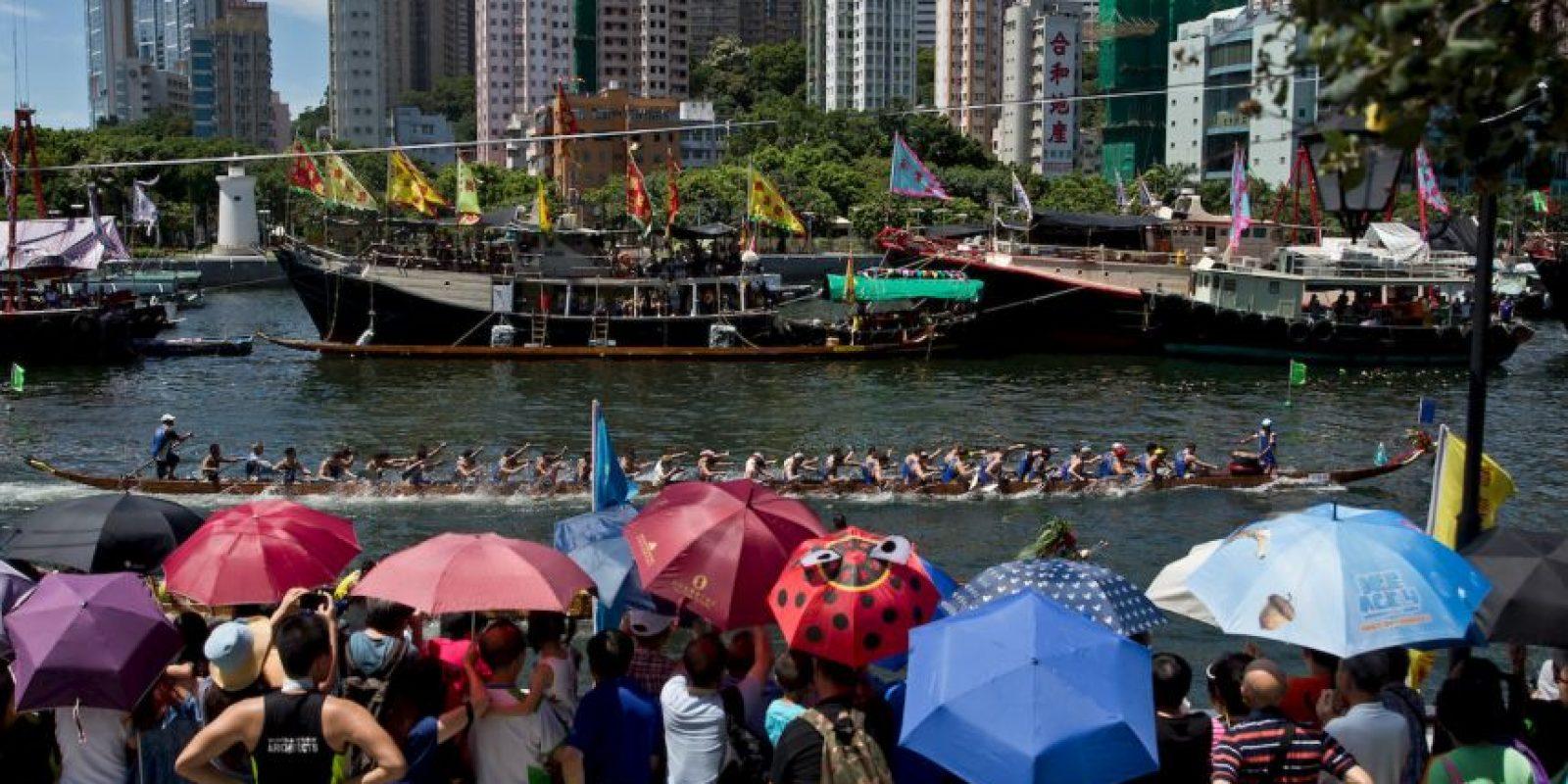 Festival Anual del Barco del Dragón en Hong Kong. Foto:AFP