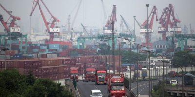 Sin embargo, China vive una desaceleración económica y la posibilidad de que arrastre a las demás economías es enorme. En los primeros dos meses de este año, su economía creció al casi al 7%, su menor ritmo en los últimos seis años. Foto:AFP