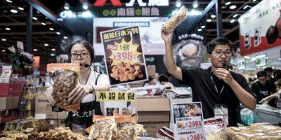 """""""Otros países asiáticos se verán obligados a rebajar el precio de sus propias monedas con el fin de mantener la competencia en el sector exportador"""", explicó la analista Valeria Moy a la publicación. Foto:AFP"""