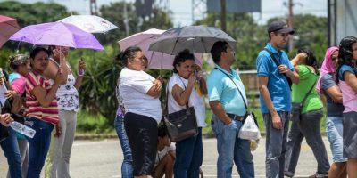 Debido a la crisis económica que enfrenta Venezuela empresas financieras comenzaron a tomar medidas. Foto:Getty Images