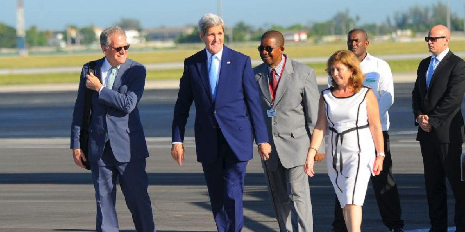 El Secretario de Estado, John Kerry, llegó a la isla aproximadamente a las 9 de la mañana. Foto:AFP