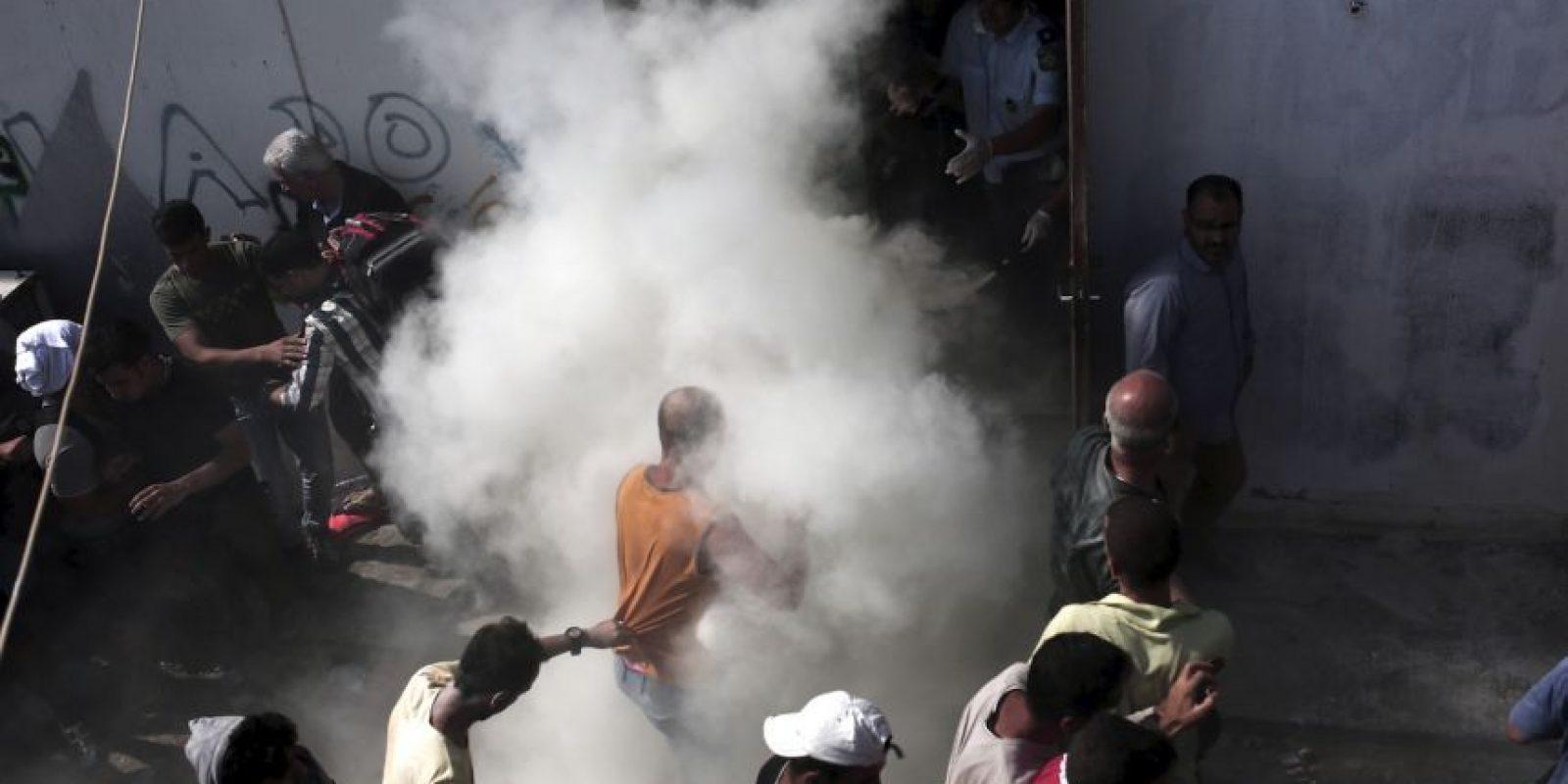 Esto en las instalaciones de un estadio de la isla Kos. Foto:AFP